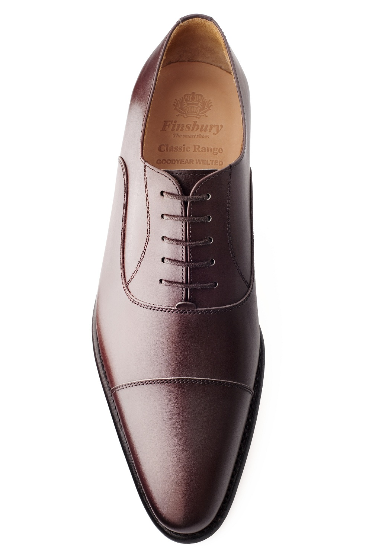 chaussure consul en cuir marron richelieu finsbury shoes. Black Bedroom Furniture Sets. Home Design Ideas